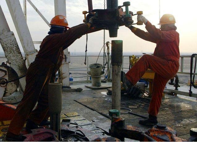 برميل النفط الكويتي عند العشرينات