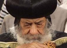 مصري مسلم يساهم بـ 4 آلاف جنيه لبناء كنيسة ويعرض إحدى كليتيه لعلاج البابا شنودة