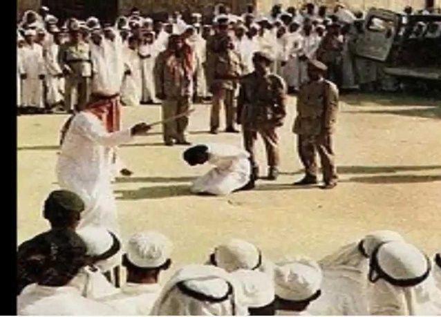 الحكم على الناشط السعودي رائف بدوي بالسجن 10 سنوات وألف جلدة
