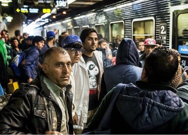 السويد تعتزم ترحيل نصف طالبي اللجوء الذين وصلوا العام الماضي