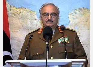 """الجيش الليبي يطالب """"حفتر"""" بتسليم نفسه من دون إراقة دماء"""
