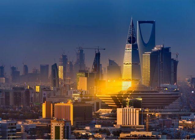 الجوازات السعودية تصبح إدارة بلا مراجع وتنفذ جميع إجراءاتها إلكترونياً