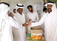 مدارس سعودية توزع لطلابها قهوة وحلويات وورود لطرد رهبة الامتحانات