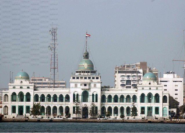 هيئة قناة السويس تتفاوض مع القلعة المصرية لإنهاء أمتياز محطة الصب السائل