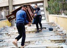 """صراع حول سلب الغنائم ونهب المنشآت في سوريا يحرف """"الثورة"""" عن مسارها"""