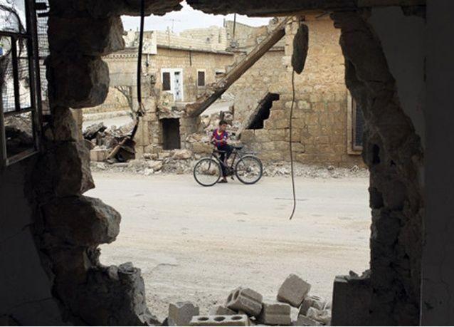 أكبر شحنة مساعدات في طريقها من دبي للنازحين السوريين