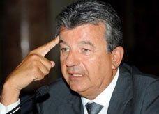 """الملياردير """"بن عمار"""" يشتري قناة تلفزيونية إخبارية مصرية من """"ساويرس"""""""