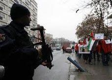 """الأمن التركي """"يستخدم مصابيح تصيب بالعمى المؤقت"""" وأنقرة تنفي"""