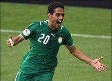 النجم السعودي ياسر القحطاني يعتزل دولياً