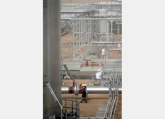 الكويت تنتج الغاز لأول مرة وعائداتها النفطية 60.7 مليار دولار