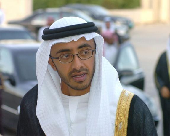 عبداللـه بن زايد: نسب التوطين في قطاع الإعلام سيئة جداً