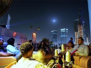 اقتصادية دبي تغرم 41 من المقاهي والمطاعم المخالفة