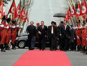 رئيس بوليفيا يتقاضى 2100 دولار، لكنه لا يصرف منها شيئاً