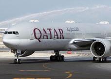 طفل تسلل لطائرة قطرية في مطار القاهرة يروى أسباب هروبه ..