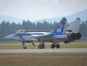 روسيا توقف صفقة مقاتلات لسورية بسبب ضغوط إسرائيلية