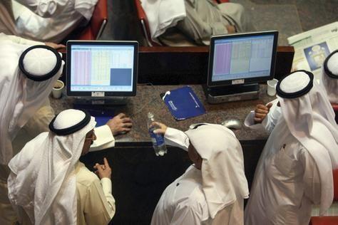 الأسهم الإماراتية تواصل الانخفاض وتخسر مليار درهم