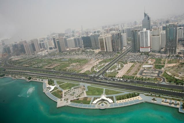 34 من أصل 66 شركة في الامارات تفصح عن بياناتها المالية للربع الثاني من 2013