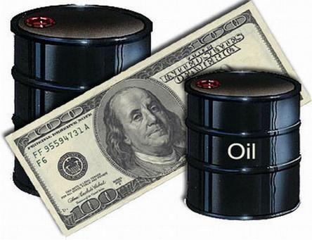 دول الخليج تبقي على الدولار في تجارة النفط
