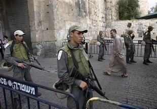 مسؤول فلسطيني: اسرائيل تعتقل مفتي القدس والديار المقدسة