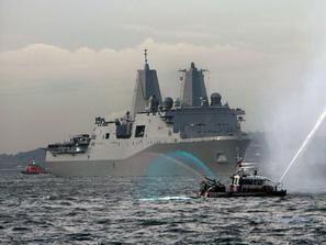 امريكا تحرك سفينتين حربيتين الي الساحل الليبي