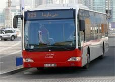 مسارب للحافلات العامة في دبي و600 درهم غرامة المخالف