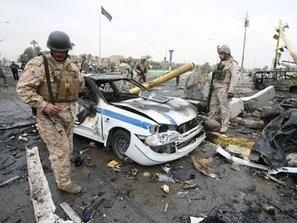 الشرطة ومصادر طبية: مقتل 14 شيعيا في انفجار قنابل في مواكب دينية في بغداد