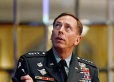 فضيحة بتريوس تتسع وتشمل أعلى قائد امريكي في افغانستان