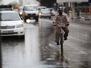 احتمالات تعرض مناطق الغرب والجنوب في السعودية إلى أمطار غزيرة طوال الأسبوع