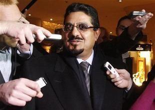 برلمان الكويت يرفض طلباً بسحب الثقة من وزير الإعلام
