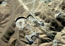 """إيران تبث شريطاً لعالم نووي """"خطف"""" إلى أمريكا من """"الرياض"""""""