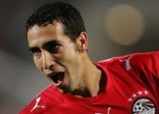 أبو تريكة أفضل لاعب عربي