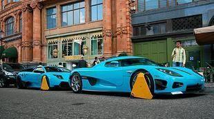 تكبيل سيارتين فارهتين للعائلة القطرية الحاكمة في لندن