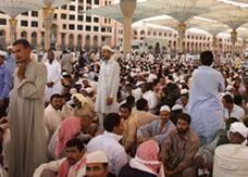 """وزارة العمل السعودية تسمح للشركات بتجاوز نظام """"نسب الجنسيات"""""""