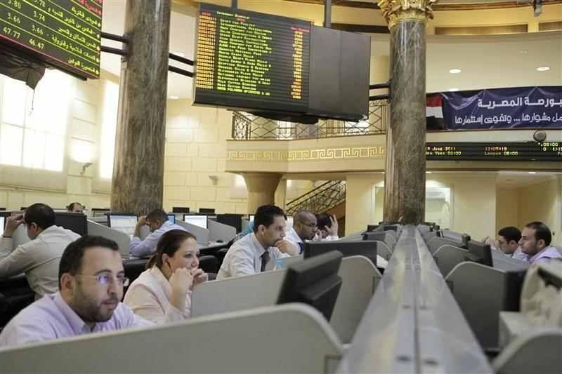 بورصة السعودية ترتفع بدعم النفط والكويت تنتعش لكن مصر تتراجع