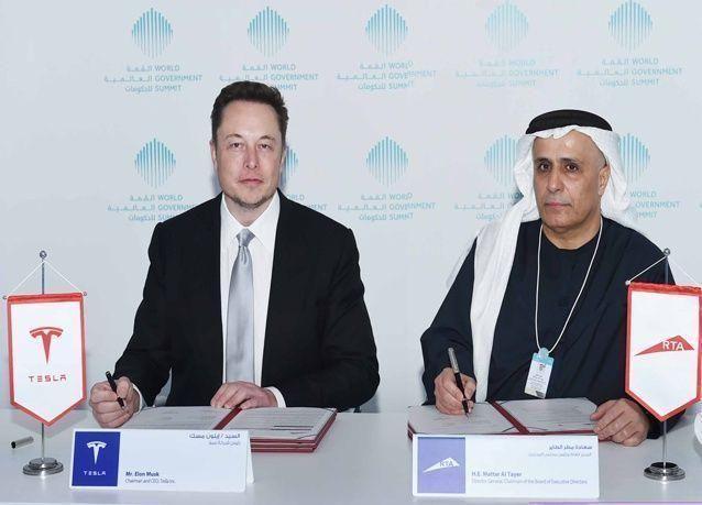 دبي توقع اتفاقية مع تيسلا لشراء 200 مركبة كهربائية بقدرات  القيادة الذاتية