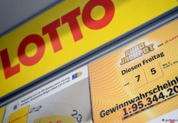 سوري يفوز بنصف مليون يورو في ألمانيا وابنه يحلم بشراء بلايستيشن