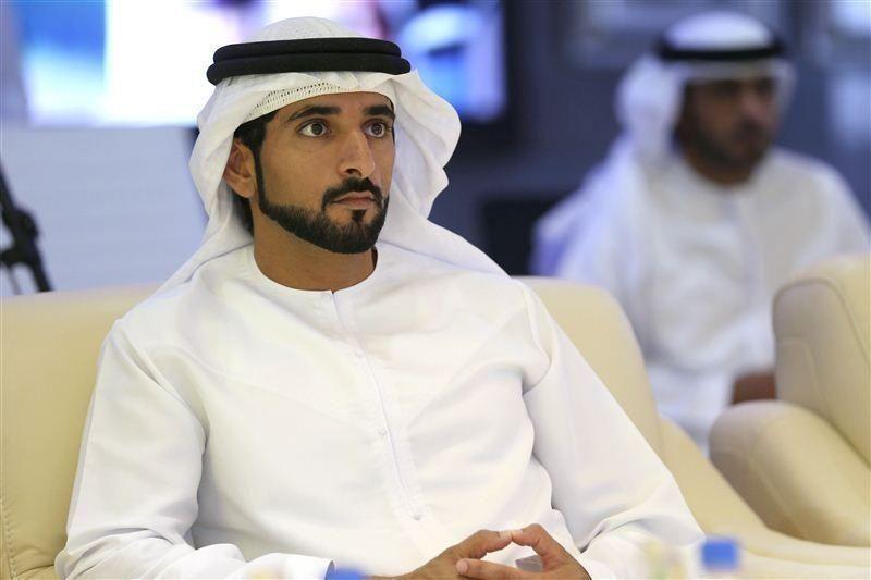 """حمدان بن محمد يعتمد قرار رسوم وغرامات خاصة بـ """"دبي للطيران المدني"""""""