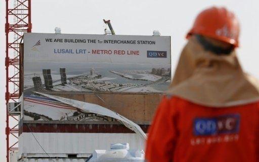 """هل يقلل """"مترو الدوحة"""" من ولع القطريين بقيادة السيارات؟"""