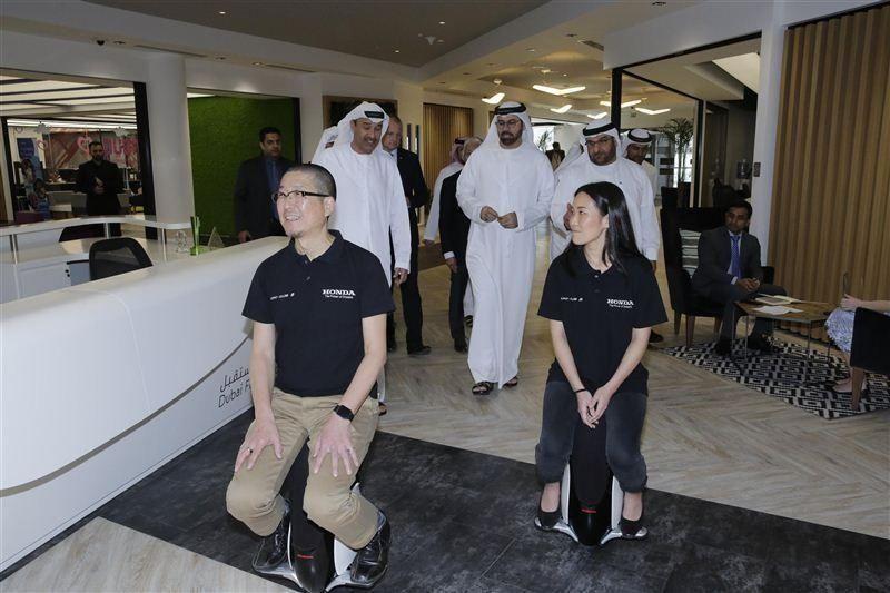 بلدية دبي تطلق مع هوندا اليابانية جهازا مستقبليا لذوي الإعاقة