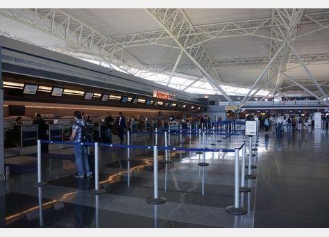 طيران الإمارات تتيح استخدام الأجهزة الإلكترونية لآخر لحظة قبيل الصعود إلى الطائرات المتجهة لأمريكا