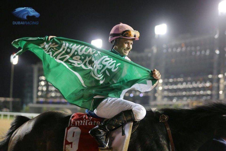 """""""آروغيت"""" السعودي يفوز بالجائزة الكبرى  في كأس دبي العالمي للخيول"""