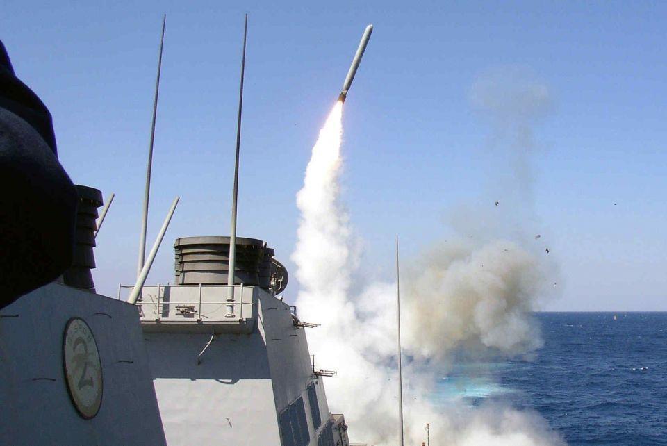الولايات المتحدة تطلق 70 صاروخ توماهوك صوب سوريا