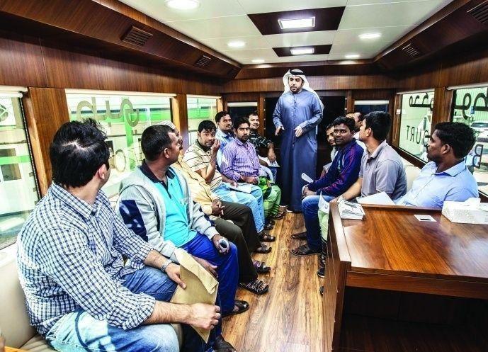 المحكمة المتنقلة في أبوظبي تستعيد حقوق 1700 عامل 2016