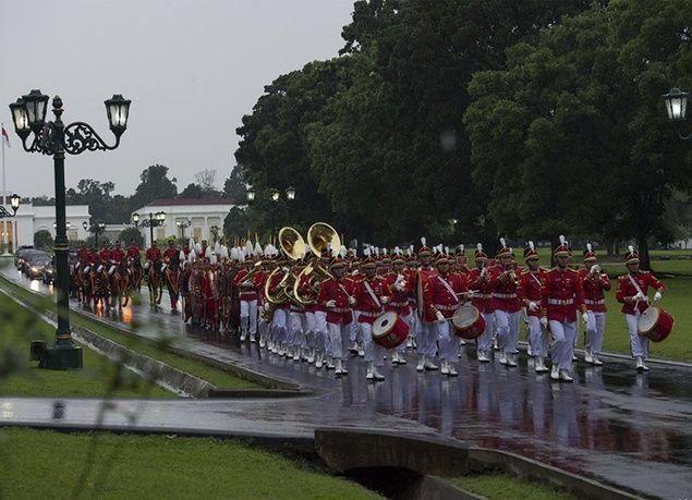 بالصور : الملك سلمان يشرف مأدبة غداء أقامها رئيس إندونيسيا