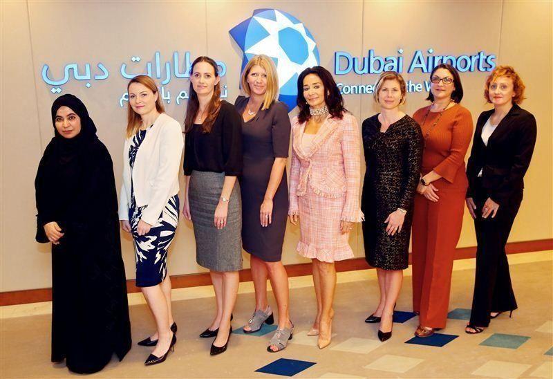 النساء يشكلن 31% من صانعي القرار في مطارات دبي