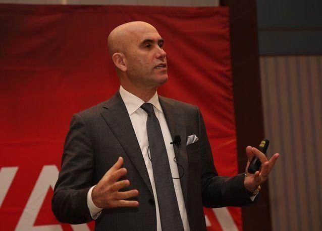 """نضال أبو لطيف يسلط الضوء على إنجازات """"أﭬايا"""" عبر فعالية """"عملاء أﭬايا"""" في السعودية"""