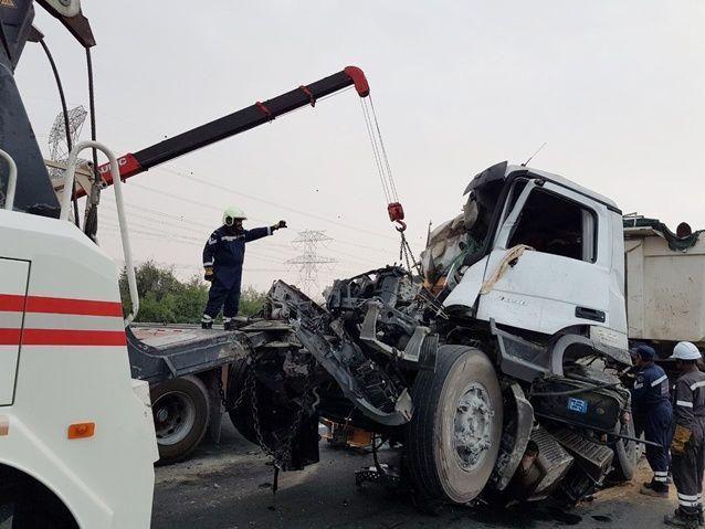 شرطة دبي تسجل 160 حادثاً مرورياً بسبب تقلبات الطقس