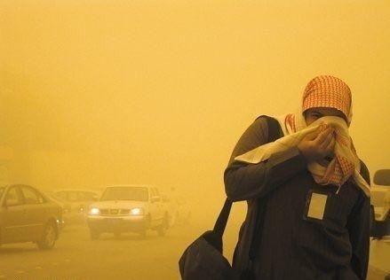 تحذير من عاصفة رملية في السعودية