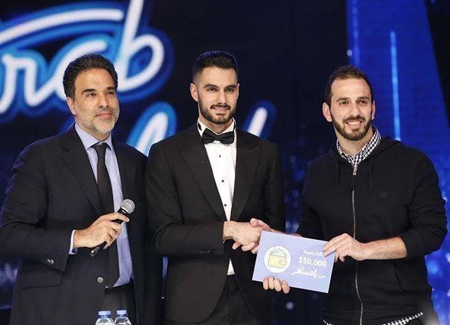 """بالصور : """"يعقوب شاهين"""" يُدخل البهجة إلى قلوب الفلسطينيين مجدداً حاصداً لقب """"Arab Idol"""""""