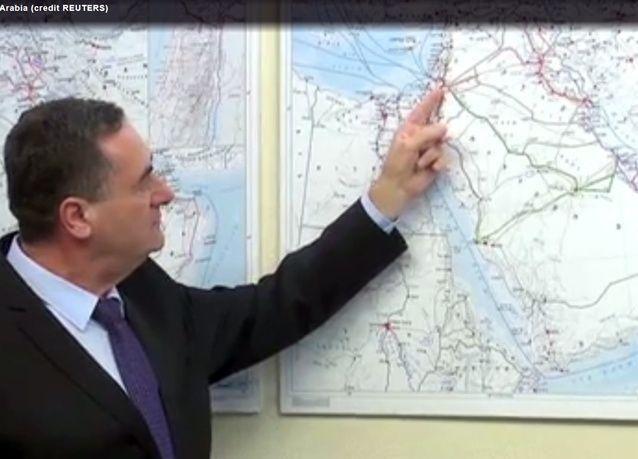 ترامب قد يدعم مشروع قطار إسرائيلي للخليج لاختصار المسافة التي تؤمنها قناة السويس